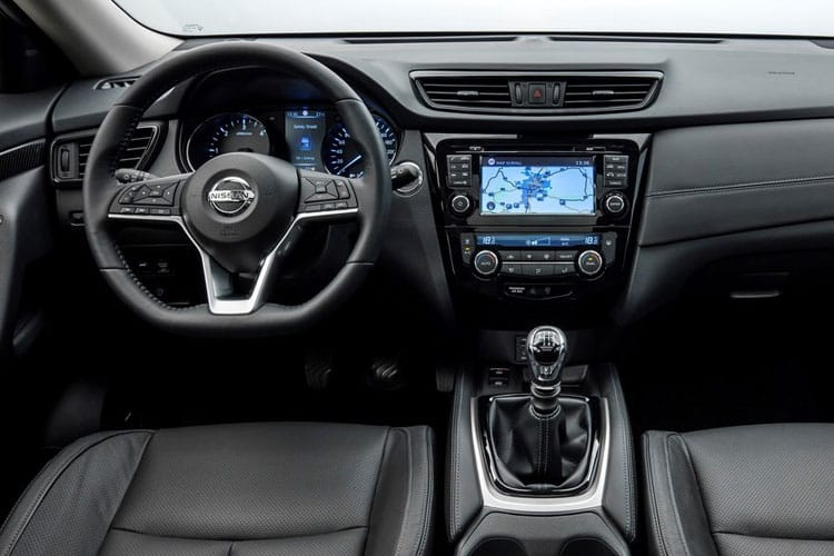 Nissan X-Trail SUV 4wd 1.7 dCi 150PS Acenta 5Dr CVT [Start Stop] [5Seat] inside view